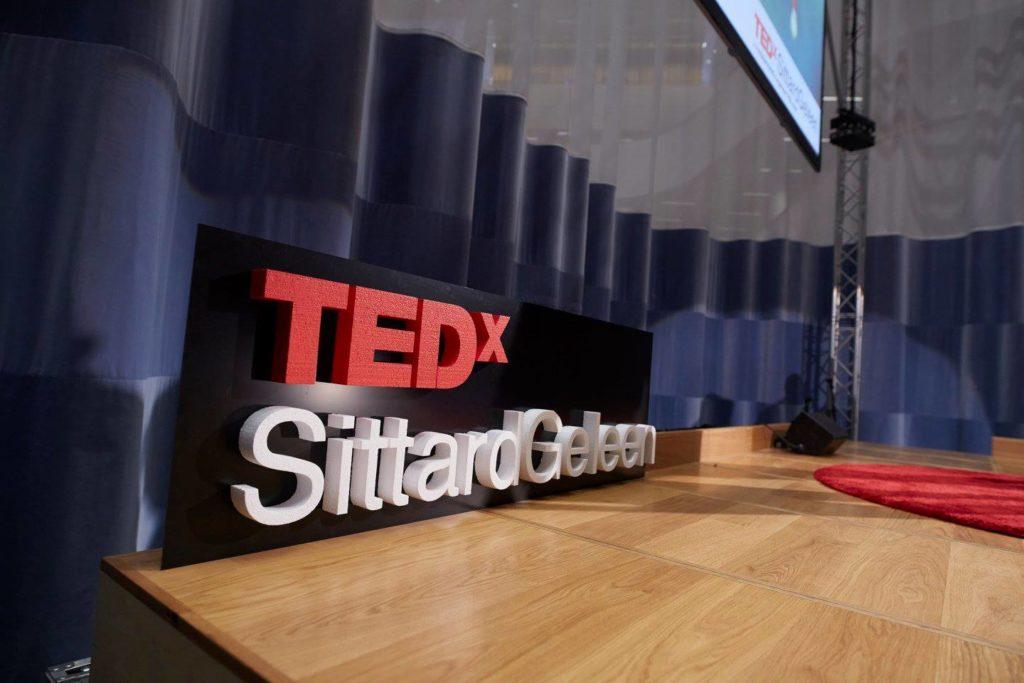 Piepschuim letters Tedx